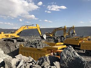 山重小型挖掘机的发动机掉速是怎么回事?